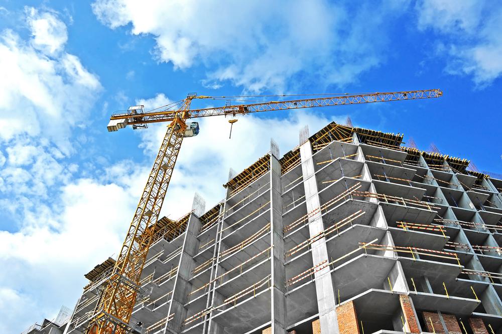 新築マンション市場に異変あり?販売戸数が前年比13%減、これから投資すべきマンションの特徴とは?